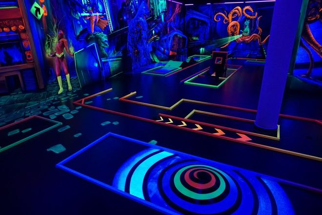 18 Indoor-Minigolfbahnen in Mainz